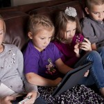 HALF OF BRITISH PARENTS TURN A BLIND EYE TO SCREEN-OBSESSED KIDS