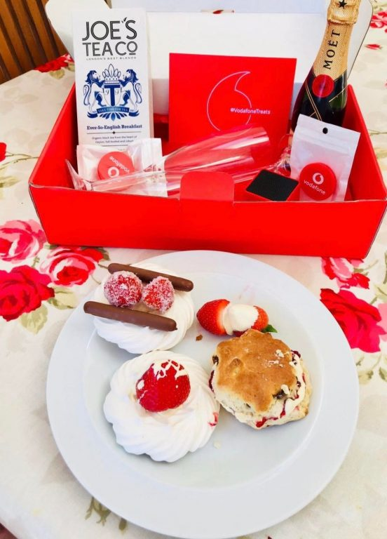 A #VodafoneTreats box to celebrate the Royal Wedding: bunting, tea, champagne and a bluetooth speaker