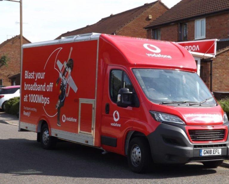 Photo of a Vodafone Gigafast Broadband van