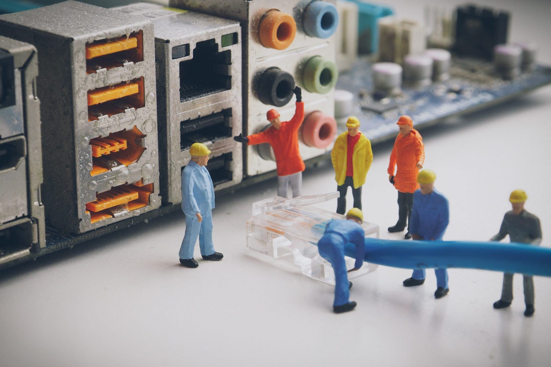Model figures of network engineers