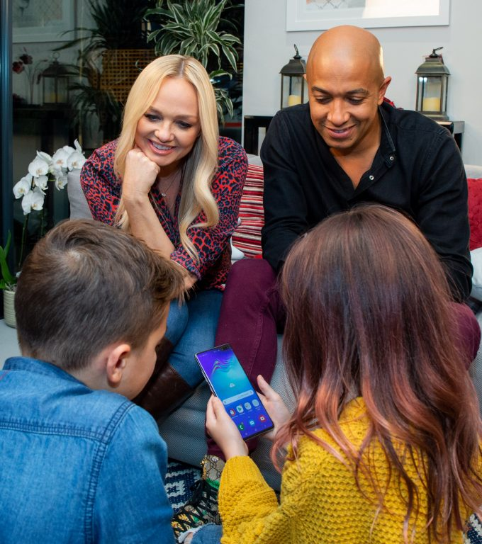 Emma Bunton and family discuss the Digital Family Pledge