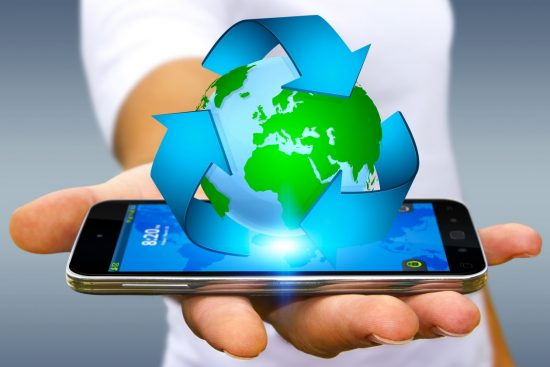 Recycling smartphone earth graphic