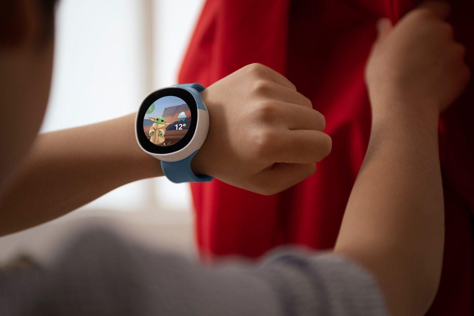 illustrative image of the Vodafone Neo Disney smartwatch for kids